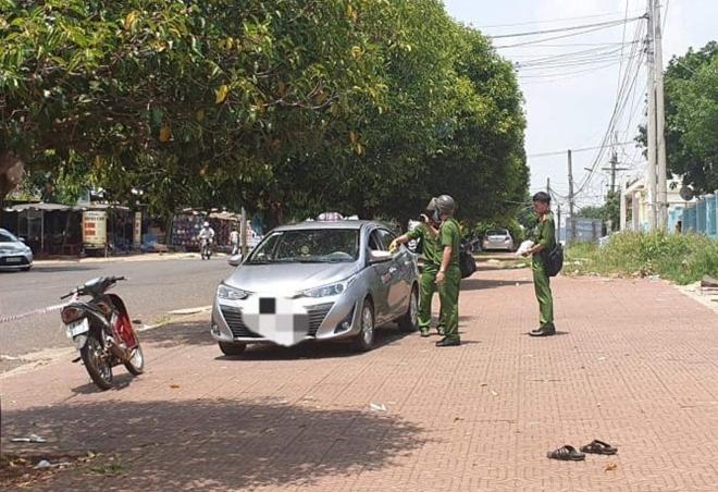 Lời khai bất ngờ của tài xế taxi đâm chết đồng nghiệp - Ảnh 1