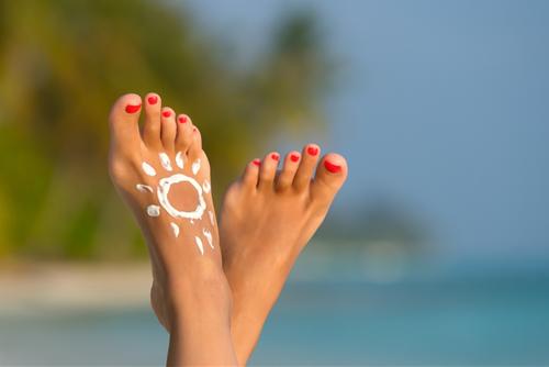 Xòe bàn chân ra để xem: Ngón chân dài ngắn sẽ tiết lộ cực chuẩn tương lai của bạn sang hay hèn - Ảnh 2