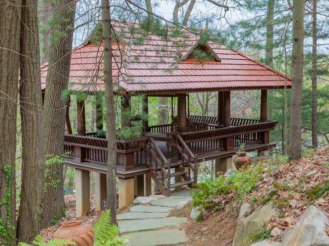 Bị bỏ hoang 10 năm, căn nhà giữa rừng trở thành dinh thự 25 triệu USD - Ảnh 16
