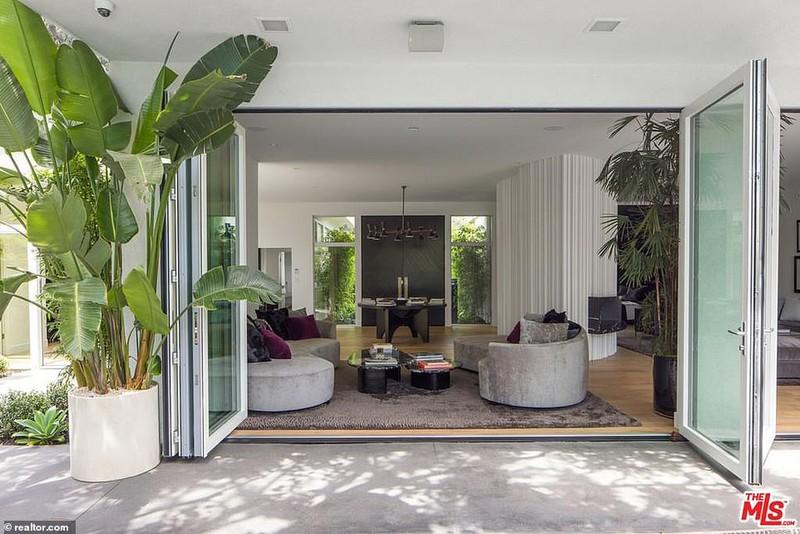 Ngắm căn biệt thự triệu đô xa hoa của vợ chồng siêu mẫu Cindy Crawford - Ảnh 11