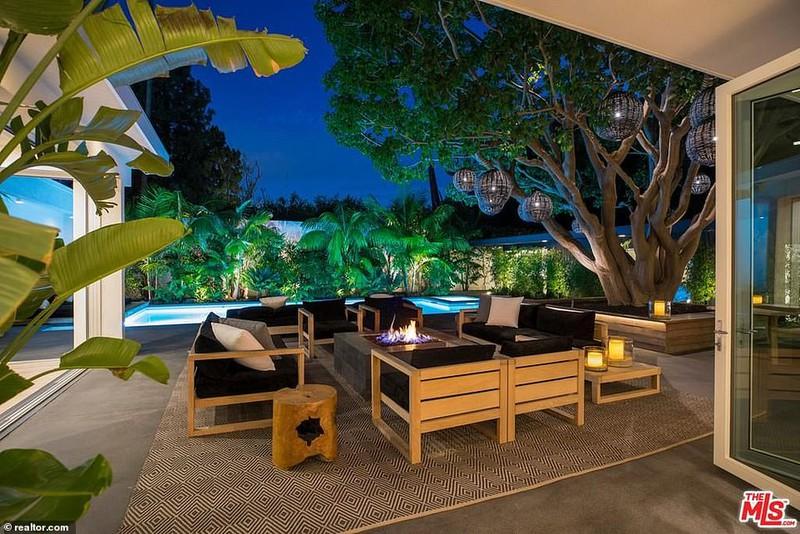 Ngắm căn biệt thự triệu đô xa hoa của vợ chồng siêu mẫu Cindy Crawford - Ảnh 3