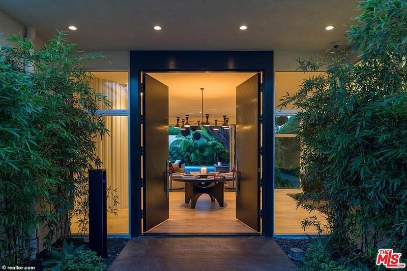 Ngắm căn biệt thự triệu đô xa hoa của vợ chồng siêu mẫu Cindy Crawford - Ảnh 4