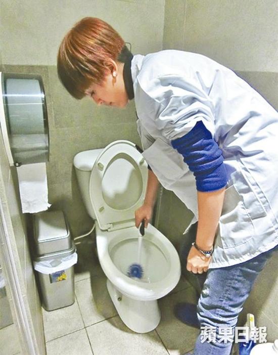 Hoa đán dễ thương nhất TVB từng đi dọn dẹp vệ sinh kiếm tiền nuôi con bây giờ ra sao? - Ảnh 5