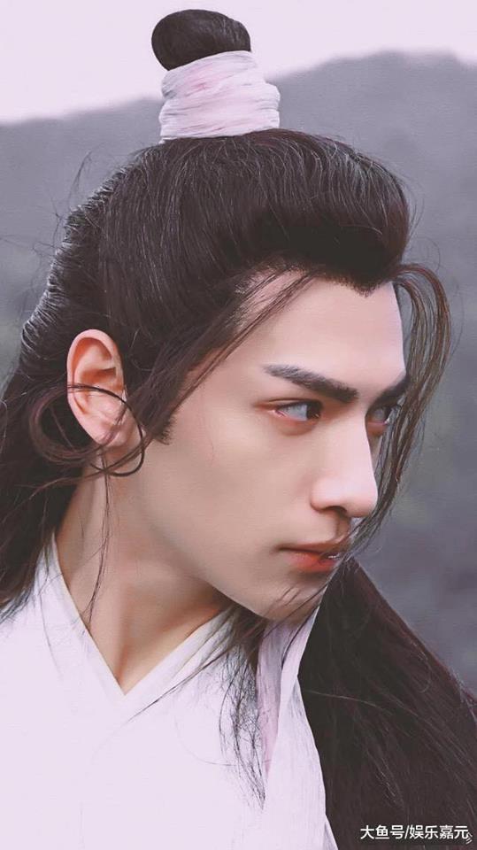 Những mỹ nam Hoa ngữ có tạo hình cổ trang đẹp 'hút hồn', khiến khán giả 'yêu từ cái nhìn đầu tiên' - Ảnh 3