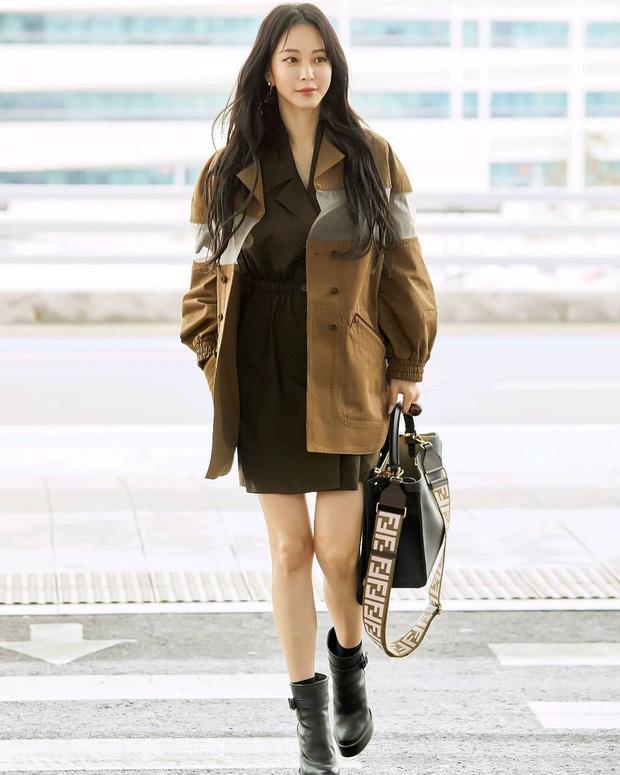 Học lỏm 9 cách mix đồ với boots của sao Hàn khi đi ra sân bay - Ảnh 7
