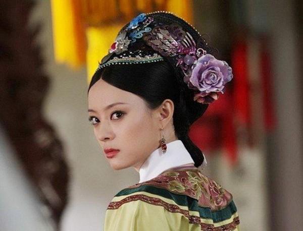 Xa Thi Mạn, Tuyên Huyên và những phi tần lắm mưu nhiều kế nhất màn ảnh Hoa ngữ - Ảnh 12
