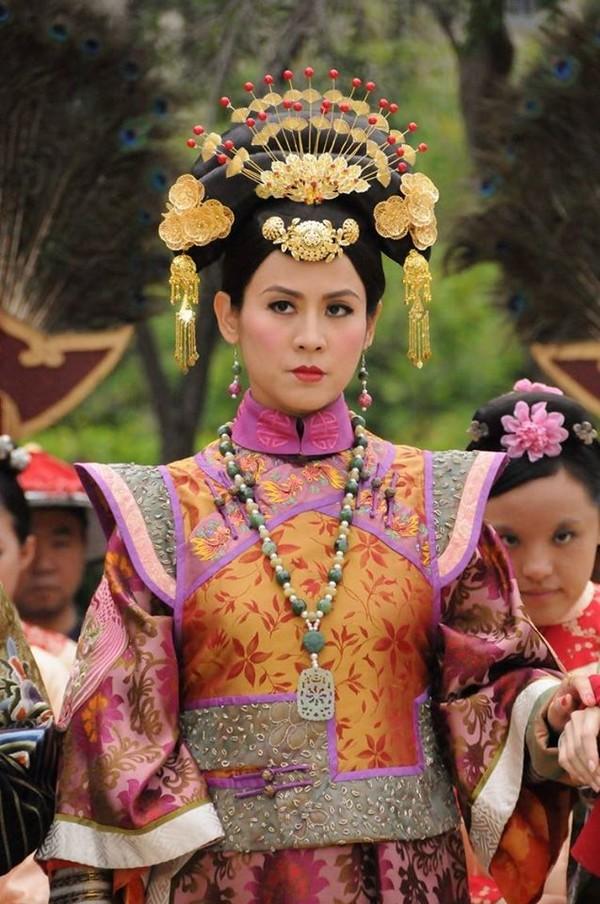 Xa Thi Mạn, Tuyên Huyên và những phi tần lắm mưu nhiều kế nhất màn ảnh Hoa ngữ - Ảnh 4