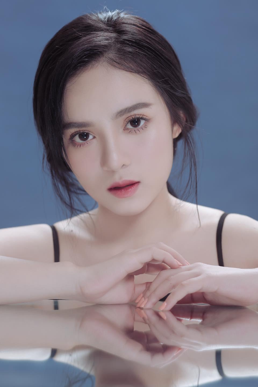 Bị nhầm là hot girl Trung Quốc, nữ MC Tây Ninh được 'săn đón' mọi ngả đường - Ảnh 3