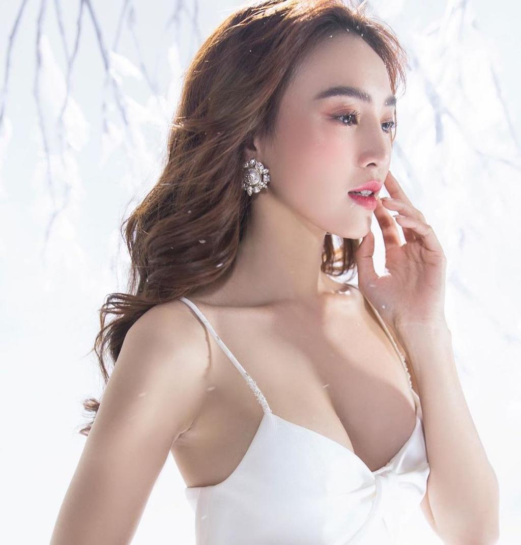 Mỹ nhân Việt ở tuổi 30: Người hôn nhân viên mãn, người sống kín tiếng - Ảnh 8