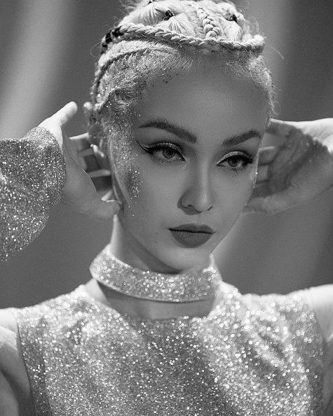 Từ vị trí hotgirl đóng MV, 3 cô gái này lấn sân ca hát thậm chí đình đám nhạc Việt mới chịu! - Ảnh 9