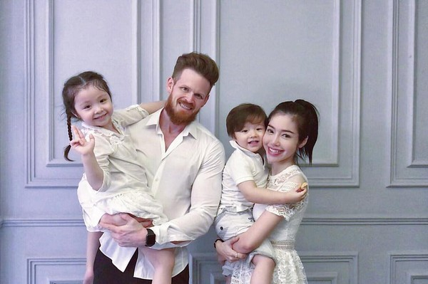 Elly Trần nói hớ để lộ thông tin ly hôn chồng ngoại quốc - Ảnh 2