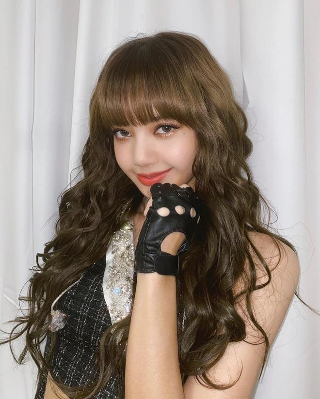 Lăng xê mái tóc xoăn xù mì kiểu bà thím, sao Hàn mới thực sự xinh đẹp? - Ảnh 2