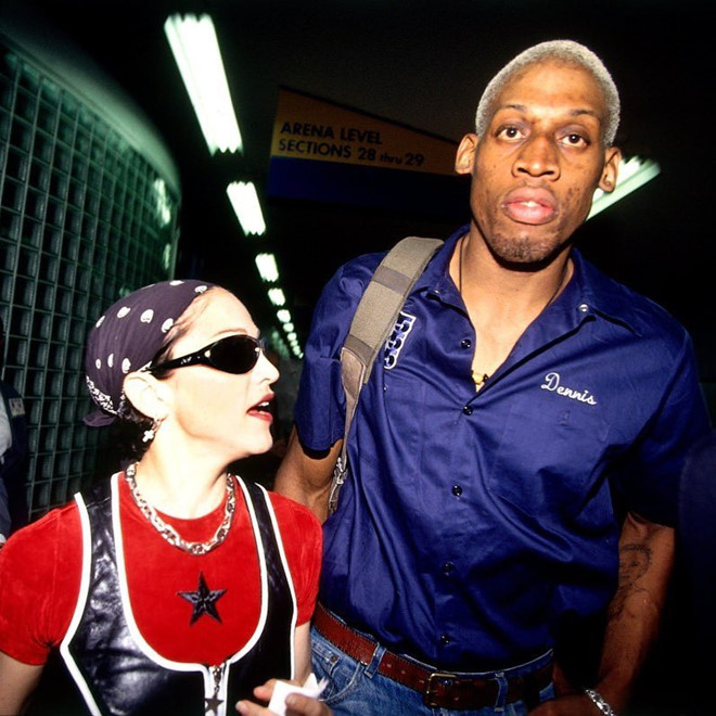 Bạn trai cũ kể Madonna đòi quan hệ trên máy bay để có con - Ảnh 1