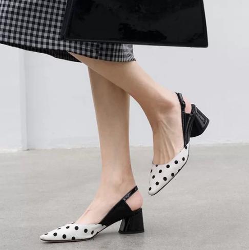 Các kiểu giày đế thấp cho chị em văn phòng - Ảnh 4