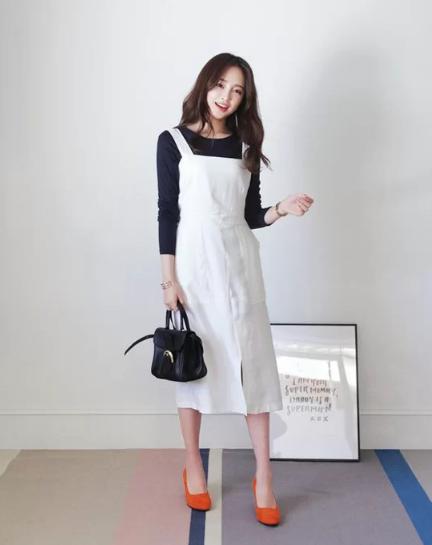 Cách 'biến' váy hai dây thành món đồ thanh lịch - Ảnh 6