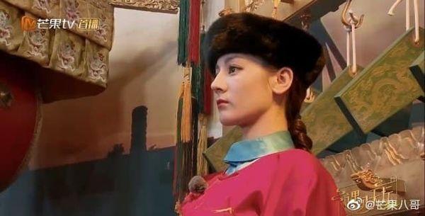 Gặp Phùng Thiệu Phong nhưng fan chỉ một mực nhớ về Triệu Lệ Dĩnh: 'Cô ấy có đến không?' - Ảnh 4