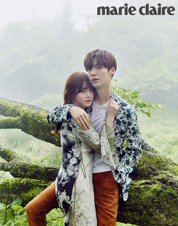 Giữa ồn ào ly hôn của Goo Hye Sun và Ahn Jae Hyun, showbiz Hoa ngữ lại có cặp đôi chị em hạnh phúc như Triệu Hựu Đình và Cao Viên Viên - Ảnh 1