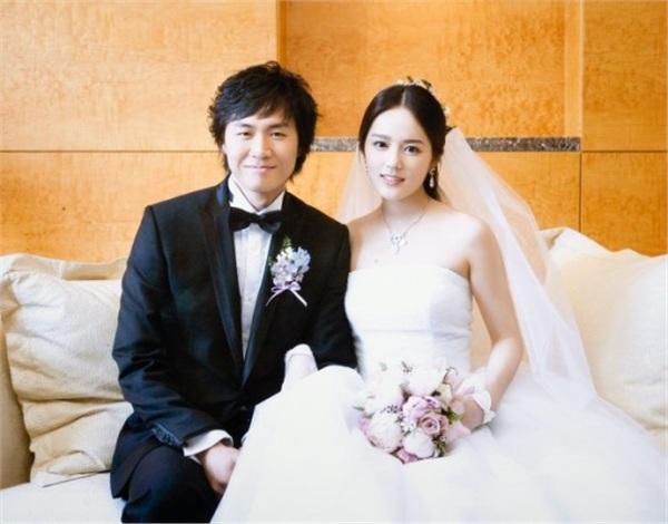 Han Ga In hạnh phúc viên mãn sau 15 năm kết hôn - Ảnh 4
