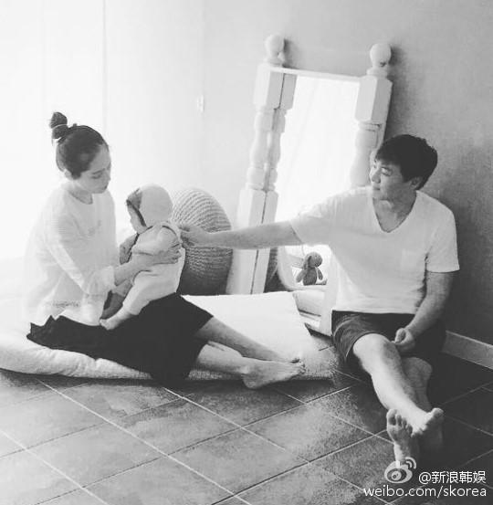 Han Ga In hạnh phúc viên mãn sau 15 năm kết hôn - Ảnh 6
