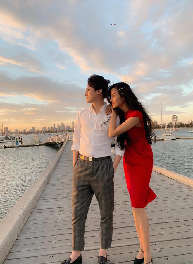 Hoàng Thùy công khai đăng ảnh bên Rocker Nguyễn sau nghi vấn hẹn hò - Ảnh 1