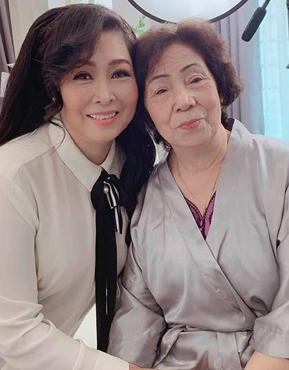 Sao Việt chia sẻ tình cảm gia đình trong 'Ngày của mẹ' - Ảnh 3