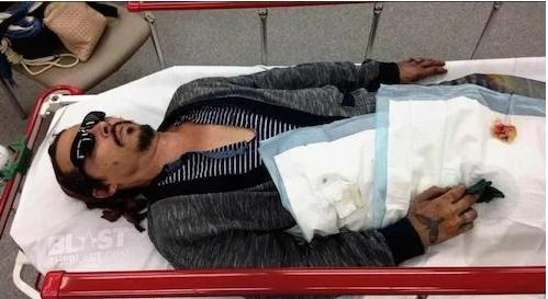 Johnny Depp tố cáo từng bị vợ cũ đánh, dí tàn thuốc vào mặt - Ảnh 1