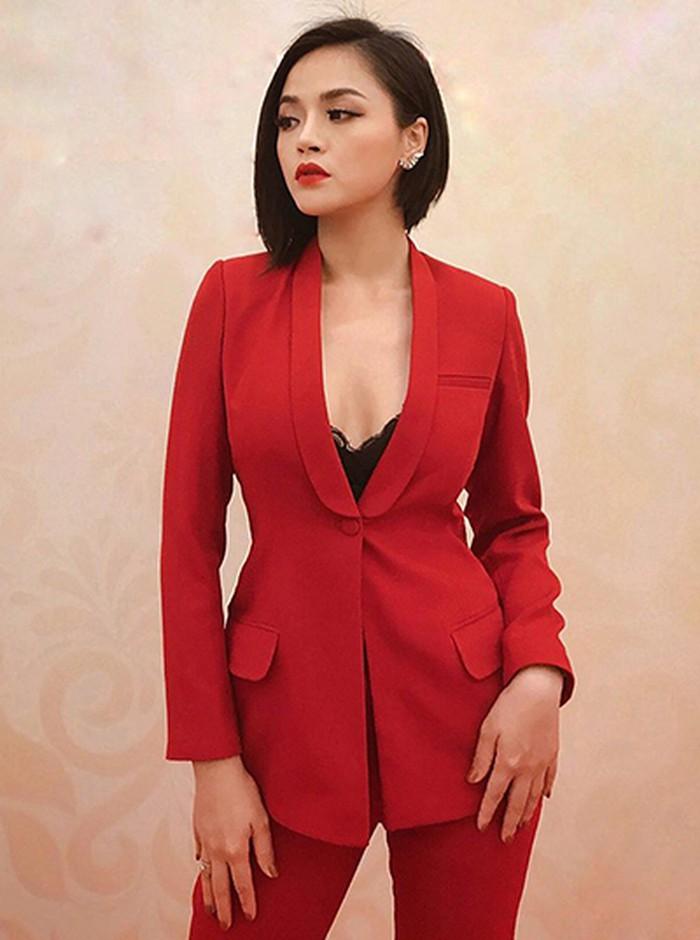 Gu thời trang ấn tượng của nữ diễn viên