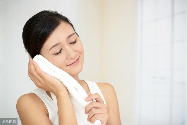 Nếu không muốn hoảng loạn vì tuổi già đến nhanh, phụ nữ cần kiên quyết với những điều này khi đi ngủ - Ảnh 2
