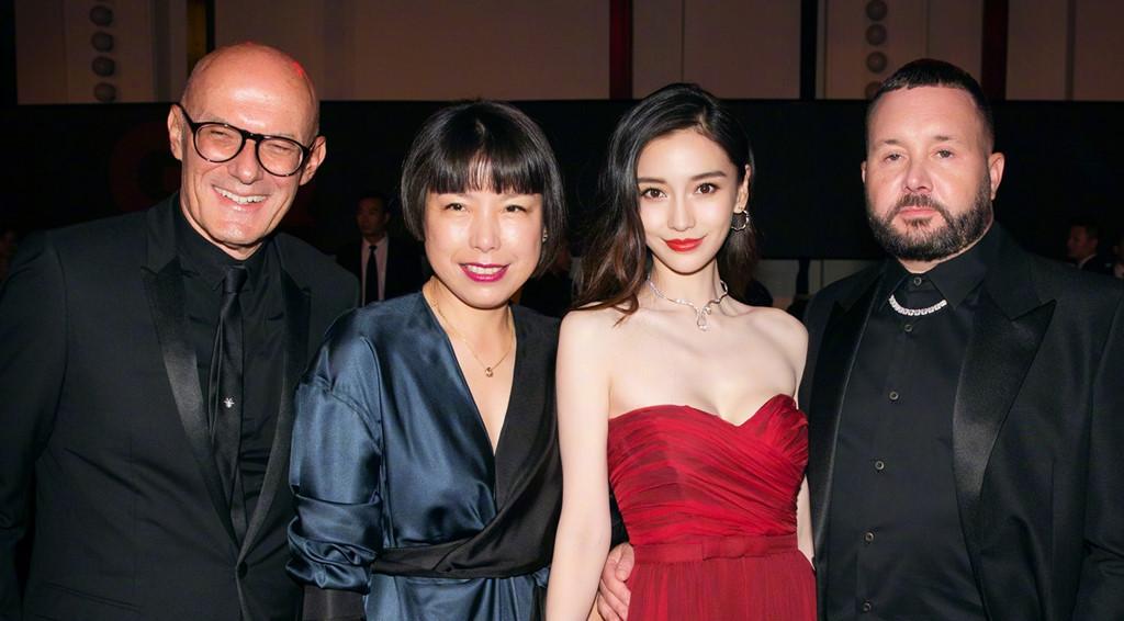 Nghệ sĩ Trung Quốc tranh vị trí, nói dối số đo ba vòng khi dự thảm đỏ - Ảnh 4