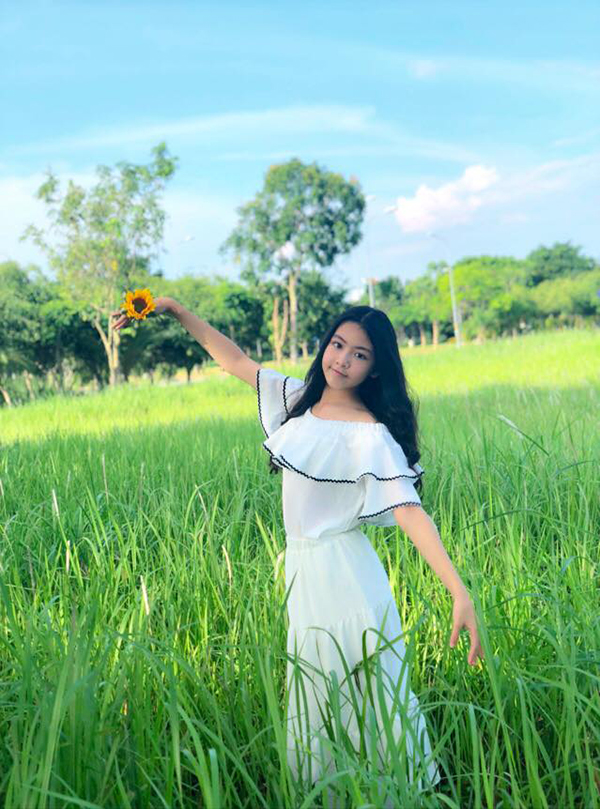 Nhan sắc các cô con gái tuổi teen, xinh như mỹ nhân của sao Việt - Ảnh 4