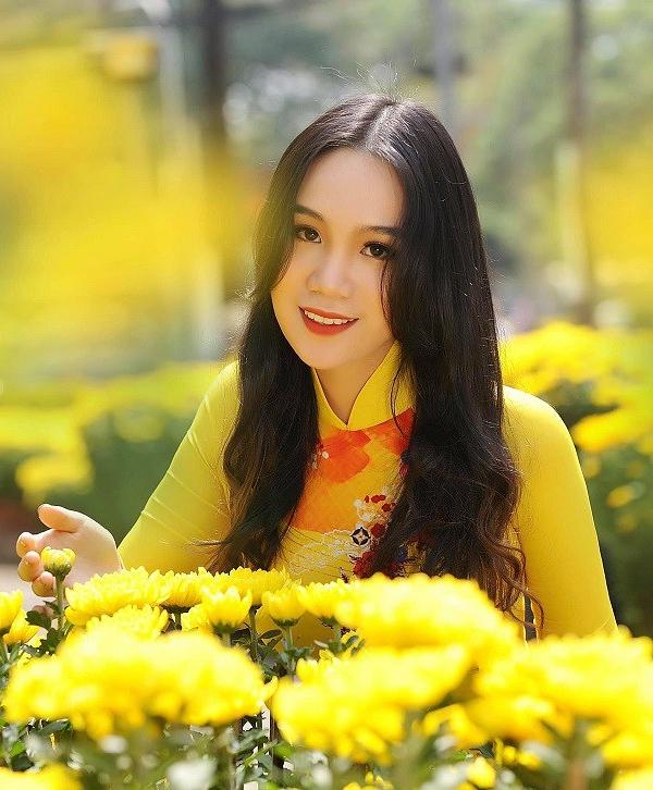 Nhan sắc các cô con gái tuổi teen, xinh như mỹ nhân của sao Việt - Ảnh 2