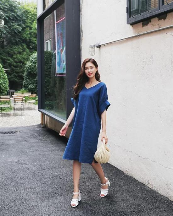 Phối đồ dạo phố với các kiểu váy không kén dáng - Ảnh 7
