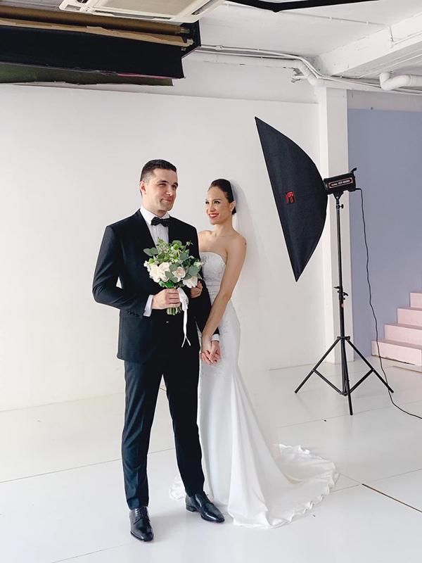 Hậu trường buổi chụp ảnh cưới của Phương Mai và chồng Ba Lan.