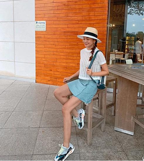 Sao Việt chọn váy ngắn tôn chân thon - Ảnh 4