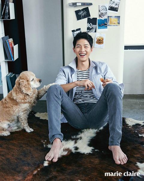 Hơn 10 năm theo đuổi nghề diễn, Song Joong Ki vẫn giữ lối sống giản dị, không tiêu xài xa hoa.