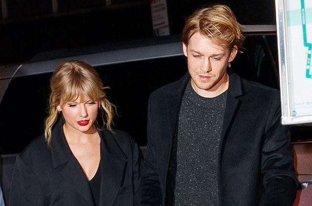 Taylor Swift nhắc lại quá khứ bị dè bỉu vì yêu nhiều người - Ảnh 2