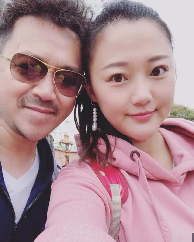 Ở tuổi 48, Vương Học Binh đã mất đi nét lãng tử từng khiến các minh tinh Hoa ngữ mê mẩn.