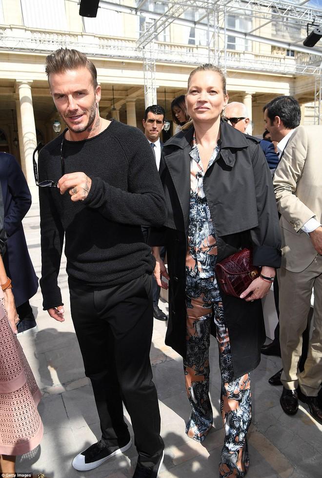 Vợ chồng Beckham lo ngại vì Brooklyn quá đào hoa - Ảnh 3