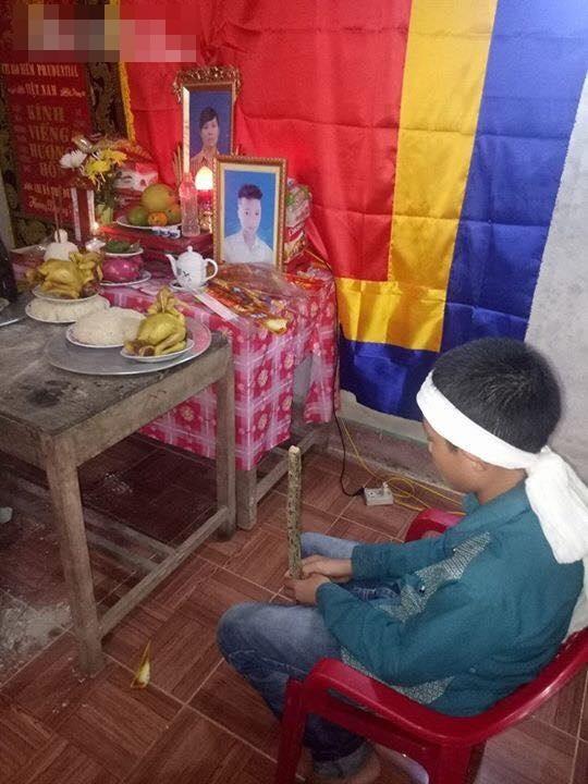 Tận cùng thống khổ: Bố bỏ nhà đi, mẹ mất, anh qua đời, bé trai 13 tuổi bơ vơ sống bên ông bà ngoại mù lòa, nghèo khó - Ảnh 1