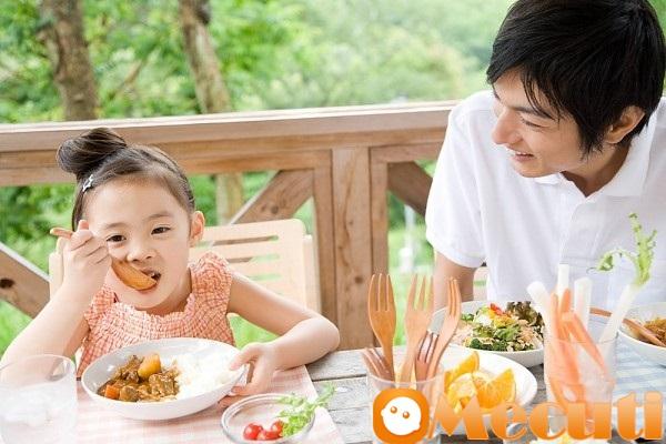 8 thực phẩm mẹ càng cho con ăn nhiều, trí thông minh của trẻ càng suy giảm - Ảnh 2
