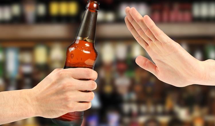 Người bị tiểu đường nên hạn chế sử dụng thức uống chứa cồn