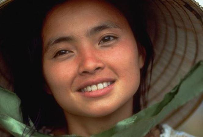 Xúc động diễn viên gốc Việt Lê Thị Hiệp được tưởng nhớ tại Oscar 2018 - Ảnh 1