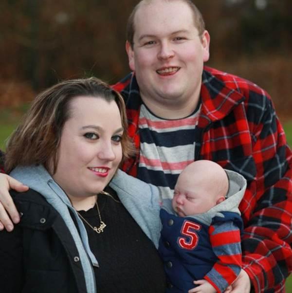 Hạnh phúc của cặp đôi sinh được 'em bé tái sinh' - Ảnh 2