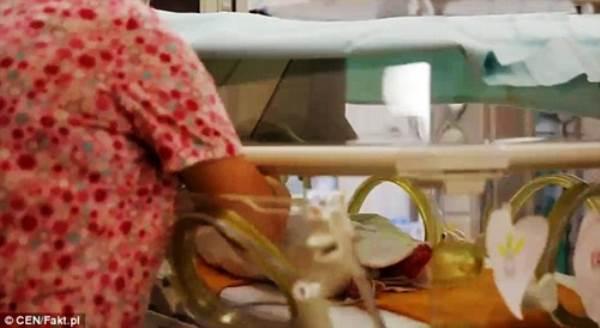 Chuyện ly kỳ về những đứa trẻ chào đời khỏe mạnh từ cơ thể người mẹ đã chết - Ảnh 6