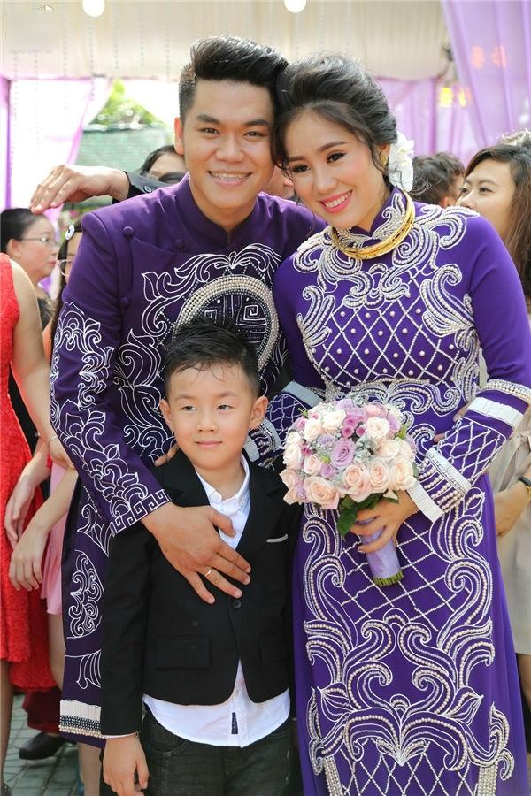 Đám cưới diễn viên Lê Phương: Phản ứng khó đỡ của cậu nhóc con riêng trong đám cưới của mẹ và cha dượng - Ảnh 7