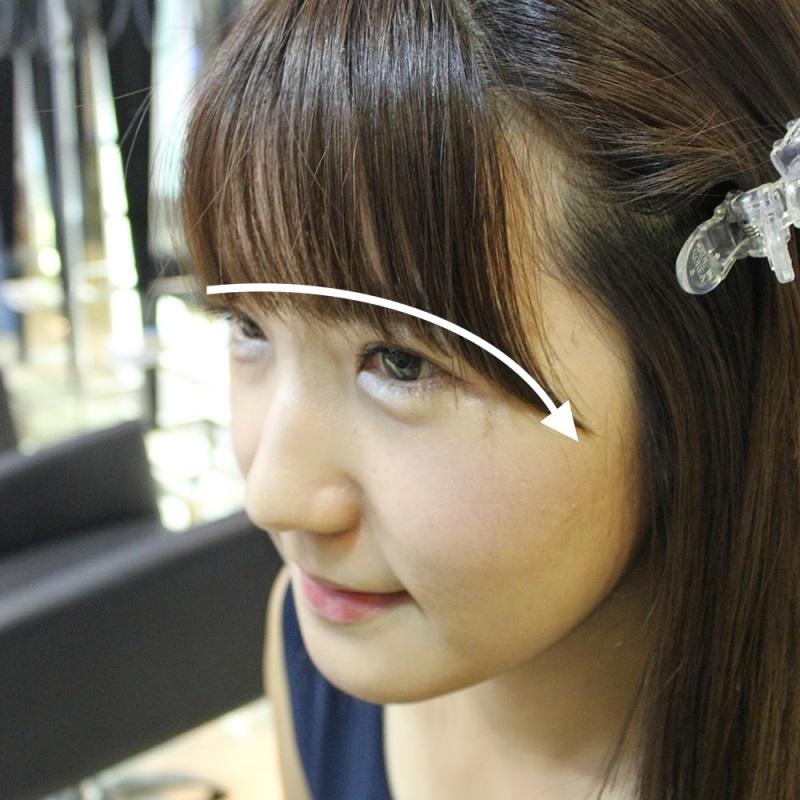 Chỉ sau 3 bước đơn giản là bạn cắt tóc mái thưa Hàn Quốc vô cùng đơn giản tại nhà rồi