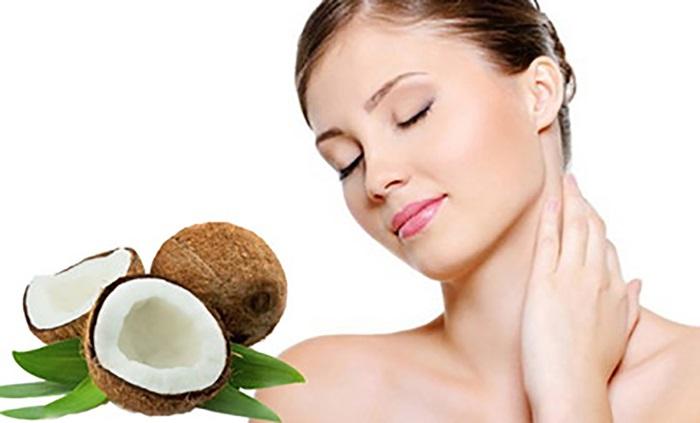 """Cách chăm sóc da khô bằng dầu dừa """"hồi sinh"""" sự mềm mại mịn màng cho làn da"""