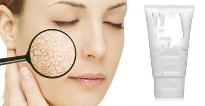 Chọn kem dưỡng ẩm – Yếu tố đầu tiên cần thực hiện trong cách chăm sóc da khô vào mùa đông.