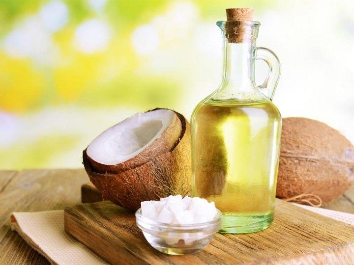 Giảm nếp nhăn và ngăn ngừa lão hóa cấp tốc với cách chăm sóc da mặt bằng dầu dừa
