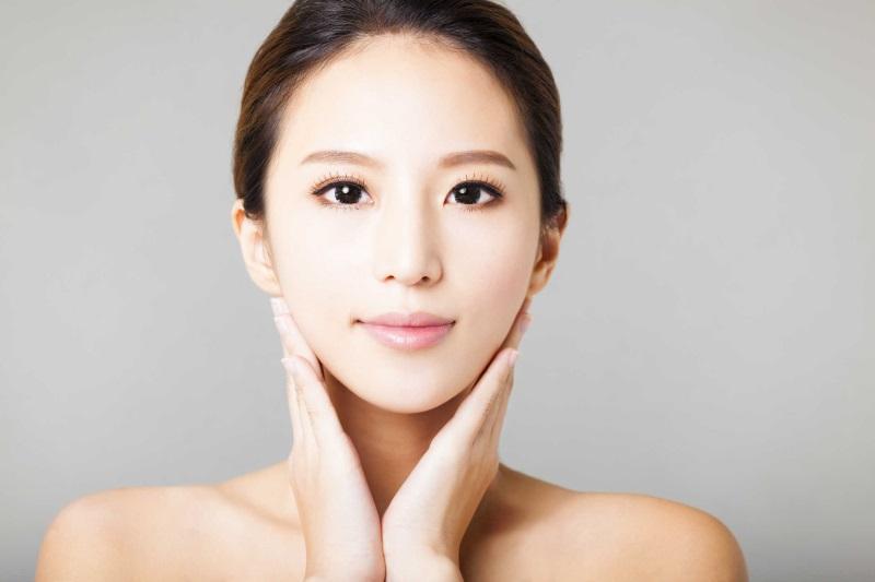 Làn da đẹp, trẻ trung, khỏe mạnh từ bên trong phục hồi mọi hư tổn với một chế độ dinh dưỡng hợp lý